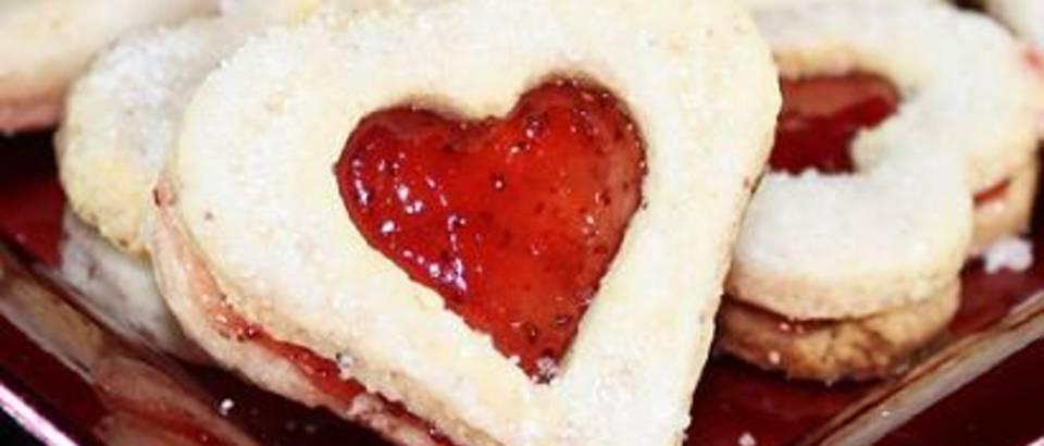 Zvjezdice i srca s marmeladom, kolaci - recept Nada
