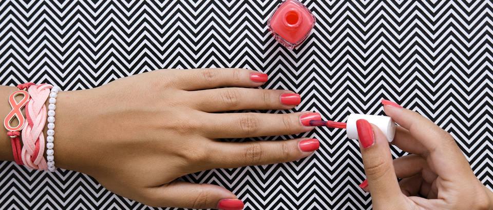 nokti, Shutterstock 455892106