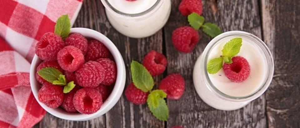 Maline jogurt osvježenje