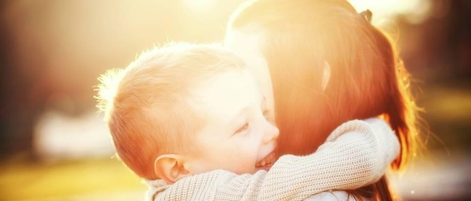 DIJETE, Shutterstock 186314456