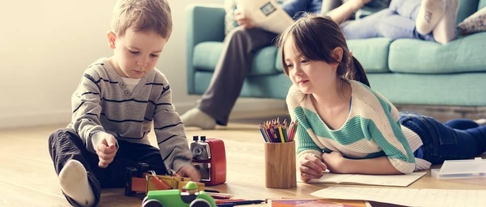 Shutterstock 552413260obitelj