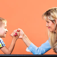 Dijete svađa majka roditelj shutterstock 281165750