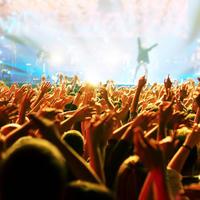 Koncert festival guzva publika buka shutterstock 85628539