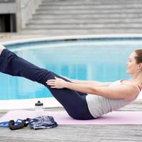 zena-vjezbanje-trening-fitness-pilates-joga1