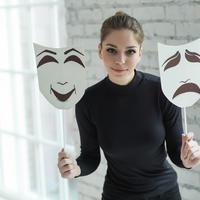 Maske žena shutterstock