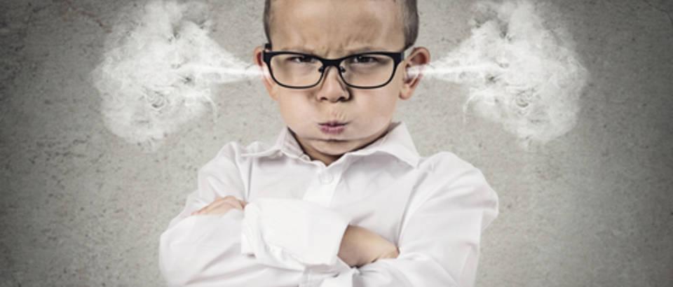 dijete, bijes, ljutnja, ljuto dijete shutterstock