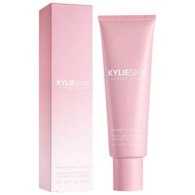 Kylie Skin by Kylie Jenner piling za lice od oraha, 209 kn (85 g)