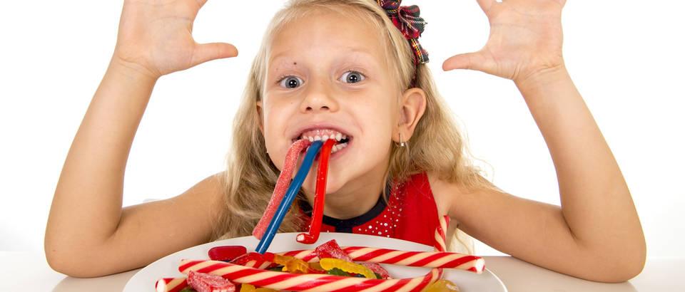 dijete, jelo, slatkisi, Shutterstock 328817876
