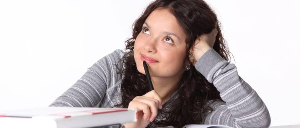 razmisljanje, ucenje, sanjarenje, ucenica, studentica