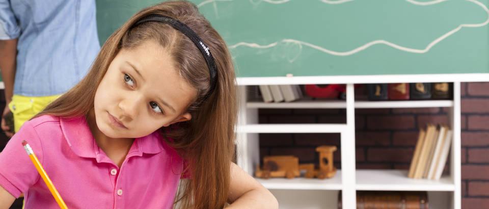 dijete, skola, ucenje, zadaca, djevojcica