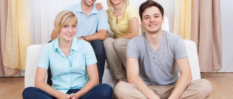obitelj, tinejdzeri, shutterstock