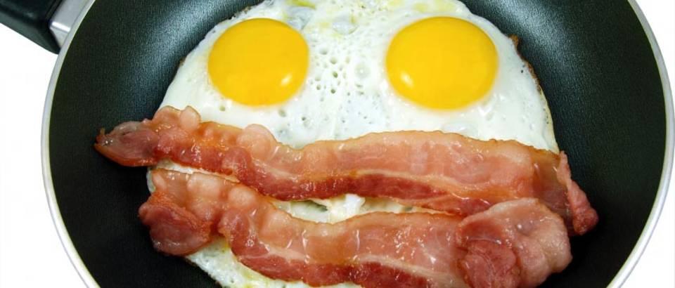 dorucak masno jaja