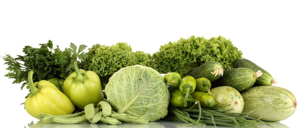 Zeleno lisnato povrće kelj kupus paprika shutterstock 110030084