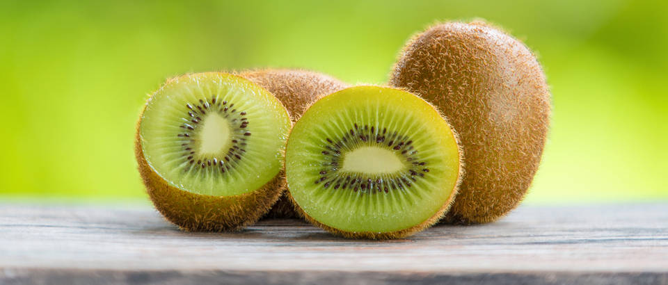 Kivi voće shutterstock 317612855