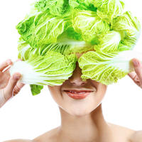 Kelj povrće klorofil zeleno salata njega koža ljepota žena vitamini minerali prirodna kozmetika shutterstock 58490293