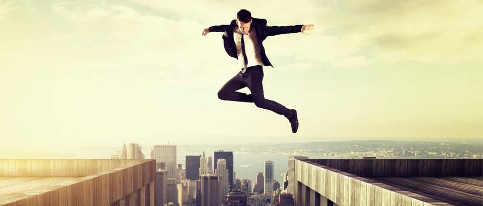 Muškarac, skok, hrabrost, sloboda, grad, panorama, pogled, Shutterstock 193036466