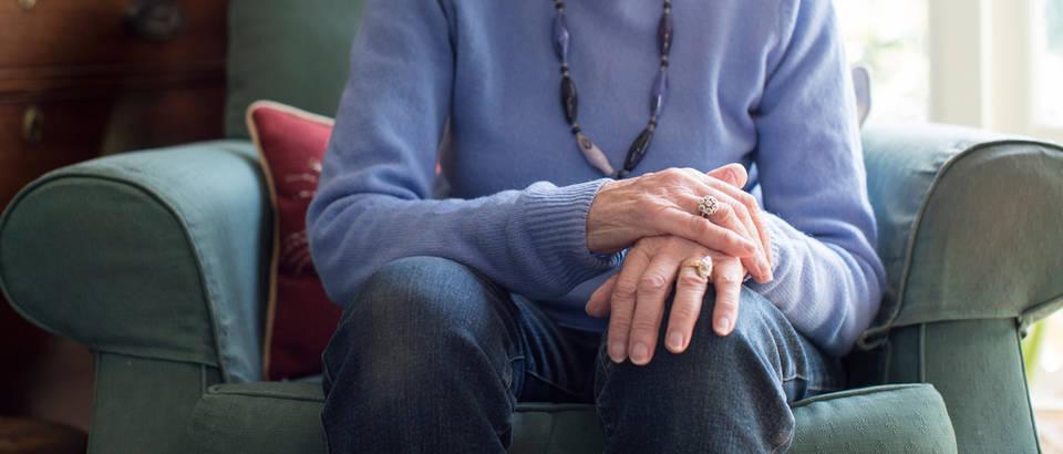 Parkinsonova bolest, bolest, žena, starija dob