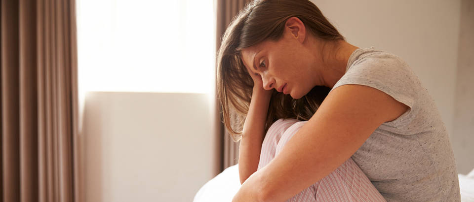 zena u depresiji, Shutterstock 310309007
