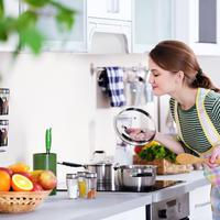 kuhinja, kuhanje, Shutterstock 422846599