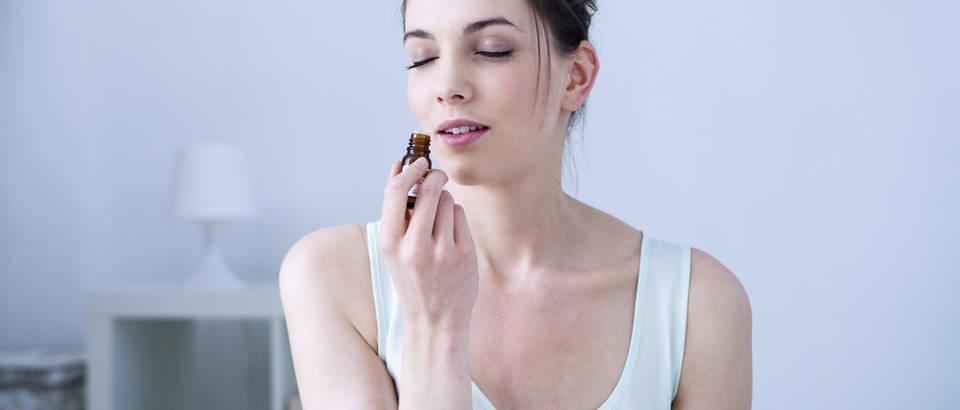 miris, ulje, Shutterstock 181678244