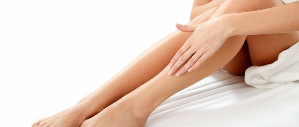 Shutterstock 186035114 noge depilacija lijepa žena