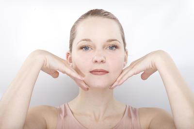 """S ovim vježbama za mišiće lica """"skinut ćete"""" minimalno 3 godine. Potvrdila znanost!"""
