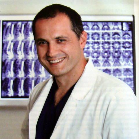 Robert Saftic, neurokiururg