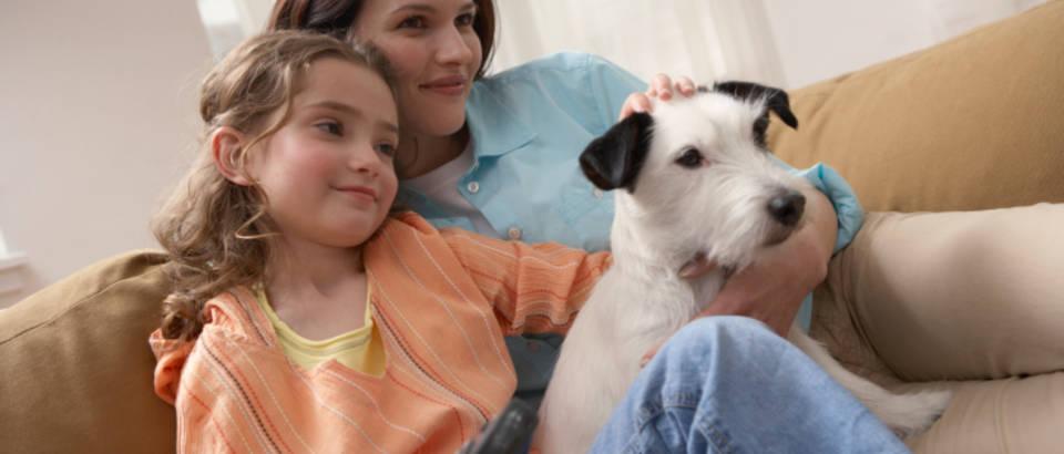 Mama, dijete, tv, televizija