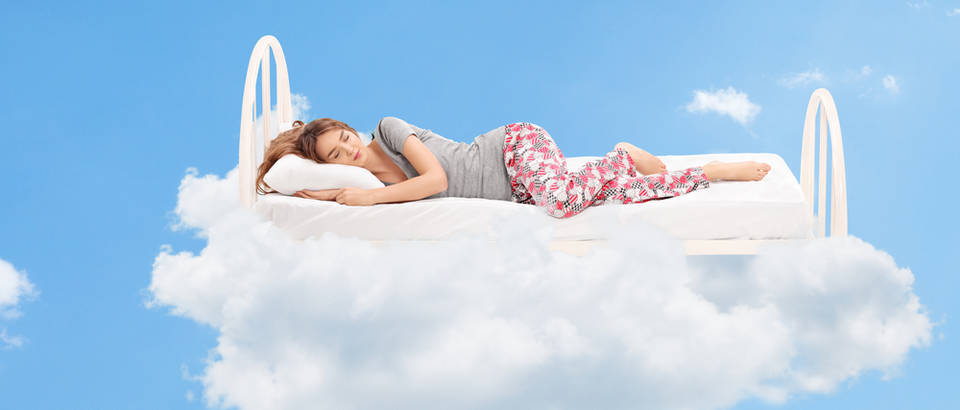 oblak, san, krevet, Shutterstock 275985968