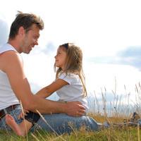 tata i kci, roditelji, obitelj