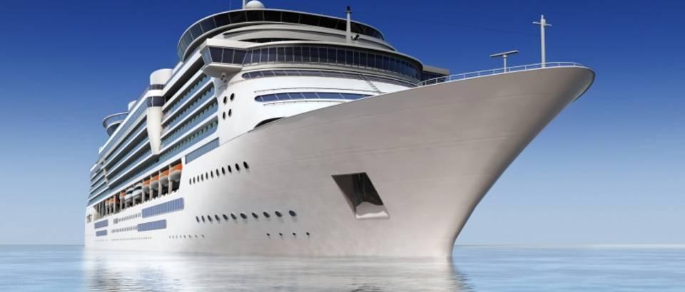 kruzer, brod, krstarenje