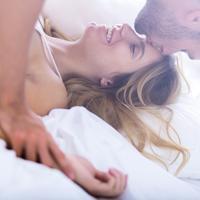 par, ljubav, Shutterstock 335121317 (1)