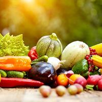 Voće povrće shutterstock 205143970