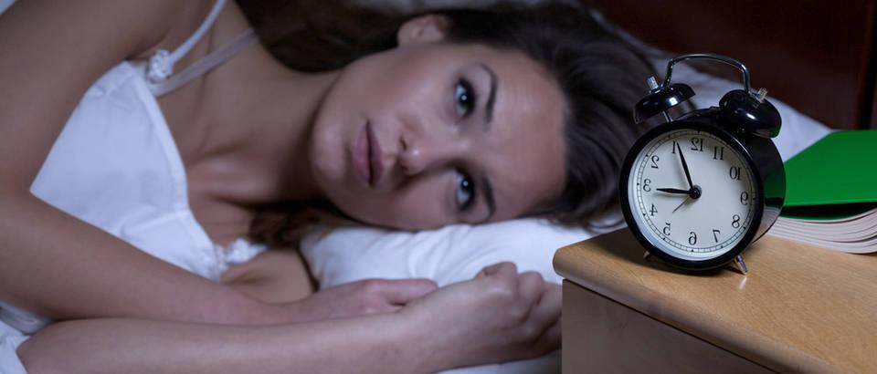 Nesanica spavanje Shutterstock 237699745