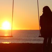 Usamljenost žena shutterstock