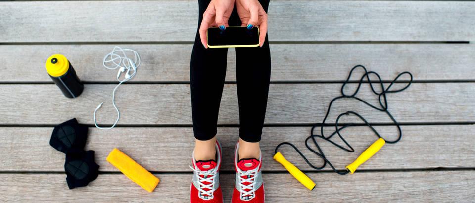 trening, mobitelj, Shutterstock 263132408
