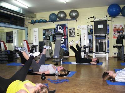 Cardio vibro pilates by dream gym for Gimnasio cardio pilates