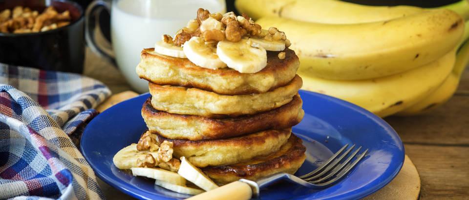 Banane palačinke američke palačinke shutterstock 479471047