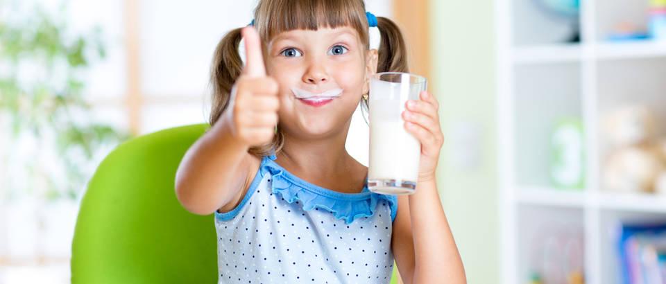 mlijeko Shutterstock 313689437