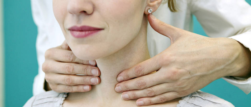 stitnjaca, vrat, Shutterstock 174193241