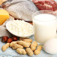 proteini, mlijeko, orašasti plodovi, sir, riba, meso, jaja Shutterstock 236238991