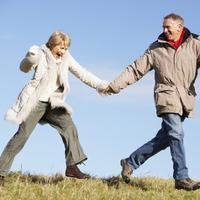 stariji par-sretan-jesen-veselje-sreca-vjezba.jpg
