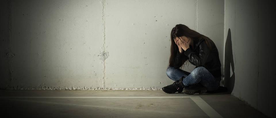 depresija, samoubojstvo, Shutterstock 186739049