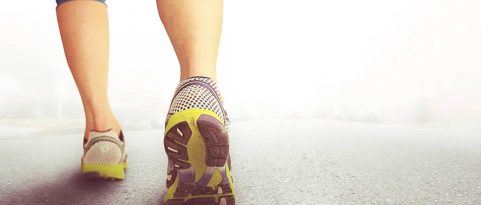 Stopalo trčanje žena atletsko stopalo shutterstock 182245388