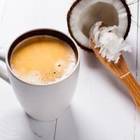 Kokosovo ulje kava kokos shutterstock 403916812