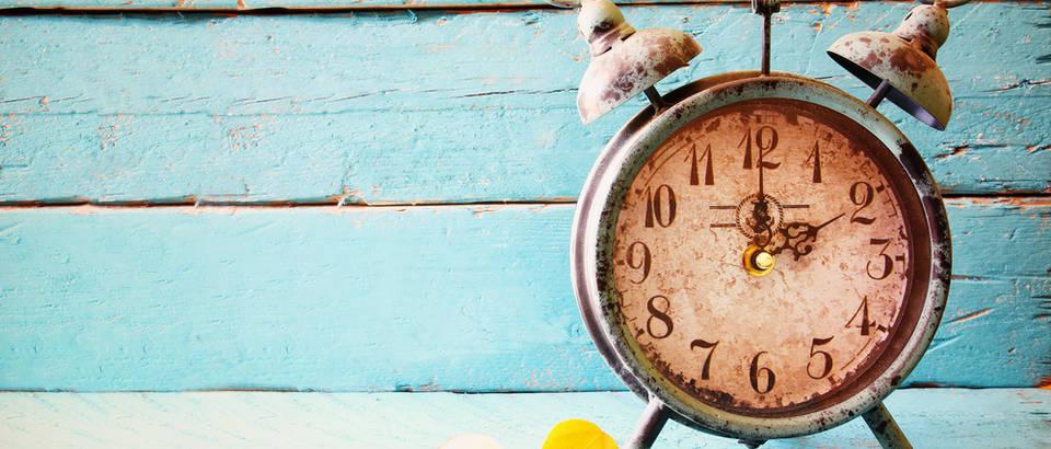 sat, vrijeme