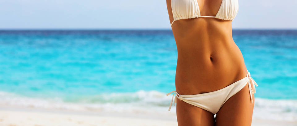 trbuh, plaza, bikini, Shutterstock 364274837