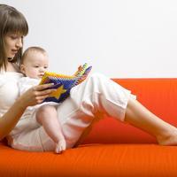 beba, mama, majka, citanje, slikovnica