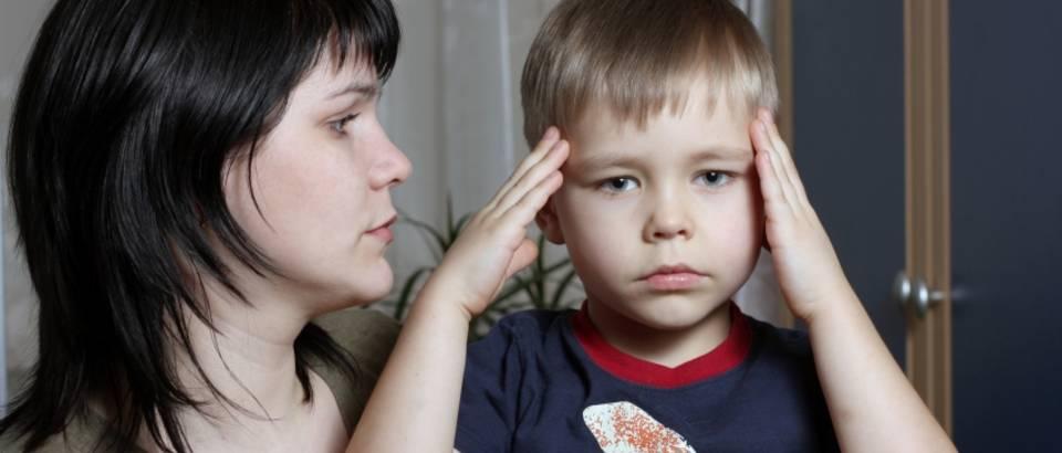 glavobolja-dijete-majka