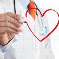 srce, lijecnik, doktor Shutterstock 94675048